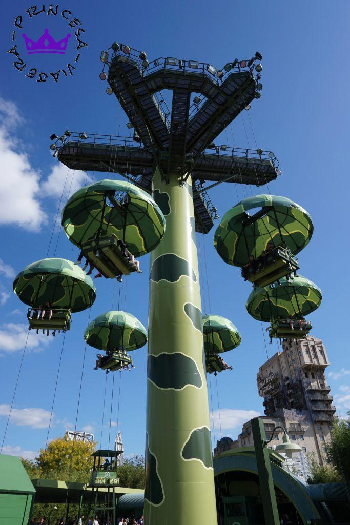 ¿Sabéis cuantos parques forman parte de Disneyland Paris? ¿Y las atracciones que hay? ¿Si tienen restricciones en cuanto a altura? En esta guía conoceréis las respuestas a todas estas preguntas y má